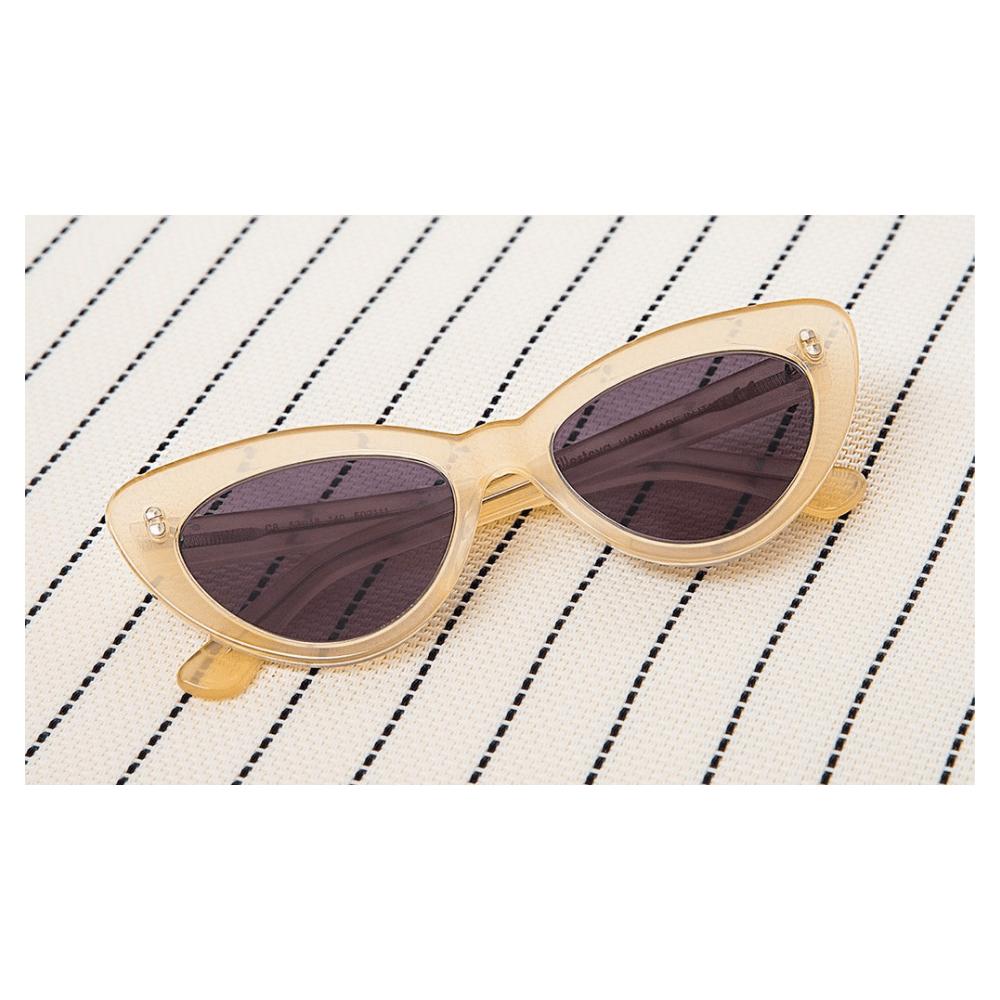 99735206c Óculos de Sol Illesteva Pamela Melão - Cristalli Otica